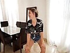 Virginia fonseca a mais gostosa do youtube aqui no xvideos dan&ccedilando funk rebolando a bunda