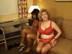 2 sexy www antravasnacom women fuck by 2 men