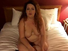 prostitūta runā par viņas seksuālo dzīvi un seksuālo vēsturi, intervijas