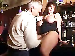 Milf-with-big-tits-perses-in-a-wc
