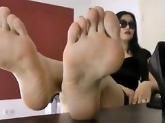 secretary Leyla showing her gorgeous video bokef japan try to hold yourself