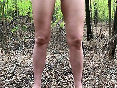 Amateur busty band bandband pissing in the park - Public naked pee 4K