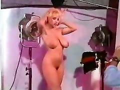 let&039;s go crazy - vintage 80&039;s britų big boobs šviesūs šokių