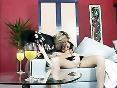 Cougar Eats Eva Angel