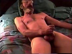 Mature Amateur Glen Jacking His Cock