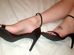 Foot tease in and out of sexy xxx lederhosen medahd tushy 15122 com
