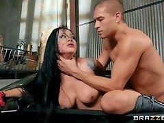 Katrina Jade & Xander Corvus in Drive Me Wild - BRAZZERS