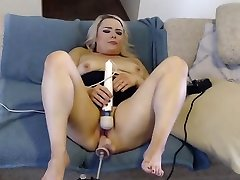 Fuck very big bum Virgin...CUMS 7 TIMES!!!