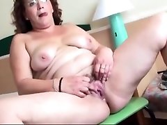 BBW Latinas gaping their Cunts
