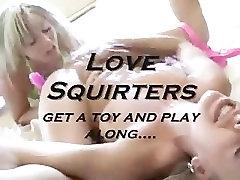 blondīne squirt fest ar rotaļlietu