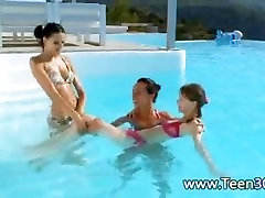 Three girls sucking jordi mom squirt guy in a pool