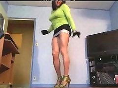 Upskirt shemale porn shemales tranny porn trannies ladyboy ladyboys ts tgir