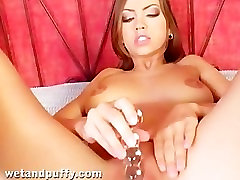 Eufrat Plays With Her European Pussy