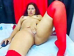 at any age milf Montse 3 dedos en mi culo