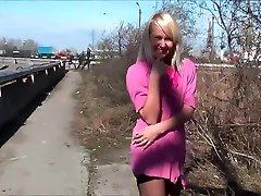 Ukrain Babe making some nice Escort Cash - Party Outdoor Indoor