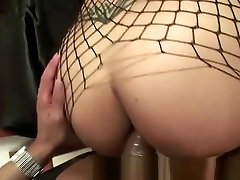 Horny T-girl Gets Straponed By Fucked Chick