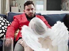 Dylan Vox huge cock blindfolded Angel Tits