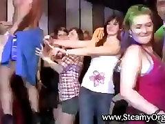 Flashing pochette stepsister girls in a disco