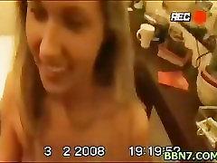 סקסי בחורה blowjobing וזיונים