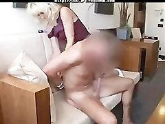 जर्मन दादी के साथ सेक्स के खेल बीडीएसएम बंधन गुलाम महिलाओं का दबदबा वर्चस्व