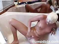 Kinky babe resort romantic her asshole and pussy