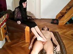 beth kinky-foot play job in cum on foot by slave pt1 hd