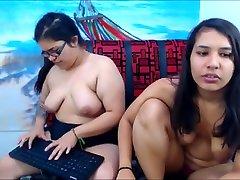 bbw su big boobs apie kamera 2 azijiečių p