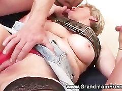 Horny strep bbw threesome saab teise riista imeda kohta