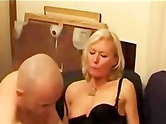 Casting fm spanking belt Blonde mami and ded Housewife