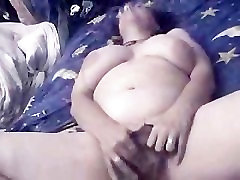 Isabel masturbates just for you! Friends get more good stuff!
