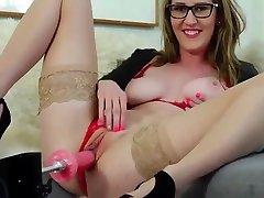 female bbw deep boobs machine