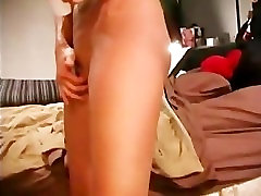 Brunette amateur gets fucked and fake in taxe for camera
