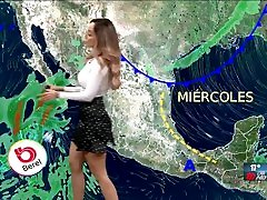 Gaby Lozoya tetona y culona en minifalda y blusa entallada HD