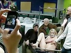 Busty blonde imevad klapid huge mann seksi