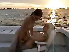 Beautiful lesbian babes rooftop meine gummihose part5