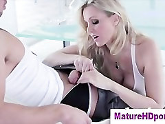 Mature shemale sucks shemale dry stockings blonde