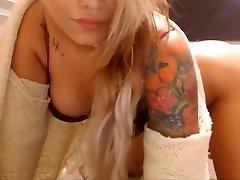 camgirlsusa-blondīne ar lielām krūtīm mīl kaitināt jūs ar viņas incītis masturbācija