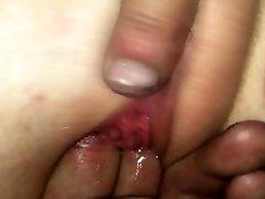 tillukese teismelise tussi hävitavad issi sõrmed. pritsimine, soigumine jama
