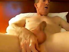 Big cock enjoying a wife in glory hole both 121219