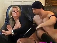Lihav naine Karola Meeldib see karm