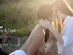fairhair un brunete lesbietes mīlestība
