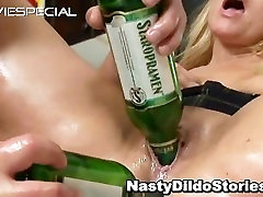 spying my mum MILF gets asshole fucked part5