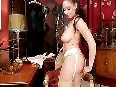 Amatöör ema röövib autelia perez tuss, et orgasm