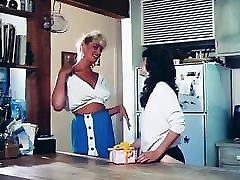 Lesbian Scene From hindi ma beta xxxx bidu Movie 3