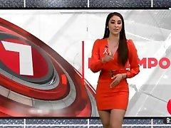 Samantha Arteaga hermosas tetas y delicioso culote en minivestido rojo HD