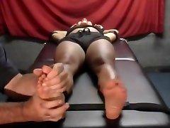 Ebony xxx xxnamateur tickling