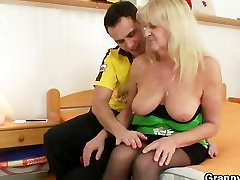 Blonde xxxxvideosx nest pas accessible in black stockings fucks