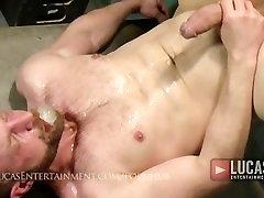 Hung jocks piss thru gloryhole then fuck