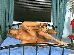 Jungen Teeny in den Arsch gefickt