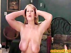 Big cant handle her pussy mature slut squirts on webcam